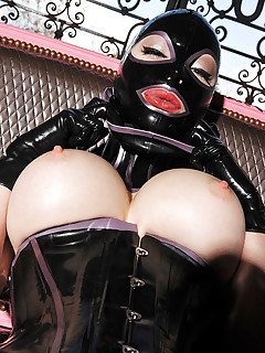 Free Big Tits in Latex Porn