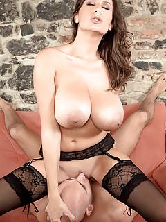 Free Big Tits Pussy Lick Porn